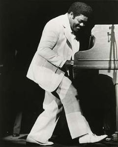 Fats really wanted some help to push the piano off the stage at the end of his set