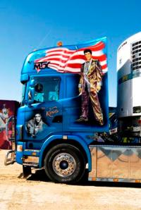 Even after he hit the big time Elvis refused to give up truck driving, although he did insist on using a customised rig ;-)
