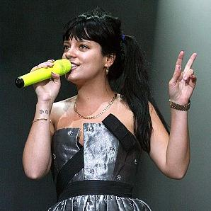 lily allen naked pics