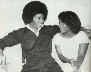 See Jacko really did used to be just an ordinary black kid (with an extraordinary talent though!)