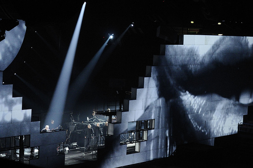 Roger Waters - The Wall Live - O2 Arena London 18th May 2011 (4/5)