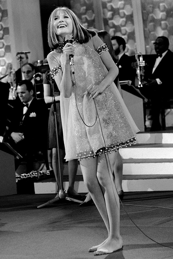 Sandie-Shaw_gl_15may13_pa_b_592x888