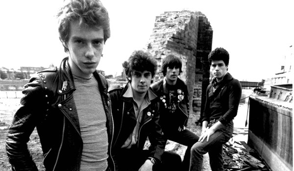 stiff-little-fingers-n