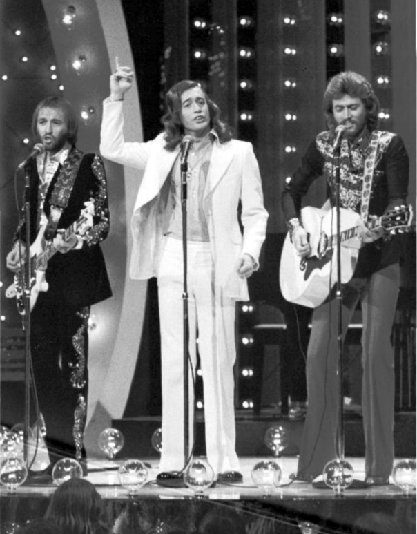 bee_gees_midnight_special_1973